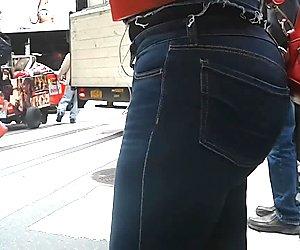 Bubble Tight Blue Jeans Big Azz Latina (Long Walk)