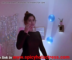 Hottest Indian girl masturbates after sex
