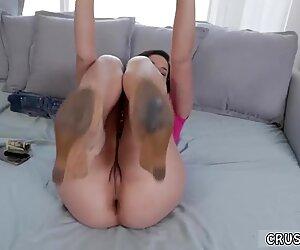 spank 2b2bpussy