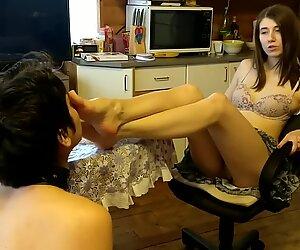 Nylon feet nuzzling (dominatrixtongue)