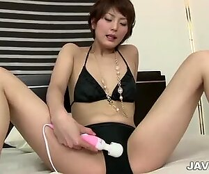 Skinny oriental chick loves to masturbate with a vibrator in the evenings and relieves daytime stress.