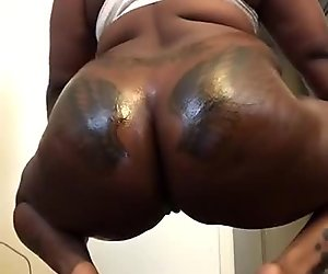 Mrs and Mrs Bordeaux: Lesbian Ebony Phat Chocolate Oiled Up Ass !!!!