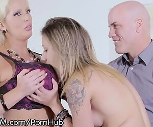 milf Alura Jenson luvs Being surprised By Hubby & Teen Mistress