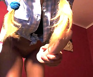 CandyLisa play in private with hot holes