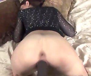 Rochelle Ryder fucks a big black cock