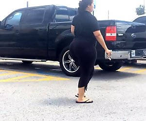 Thick Latina Milf Huge Butt in Parking Lot