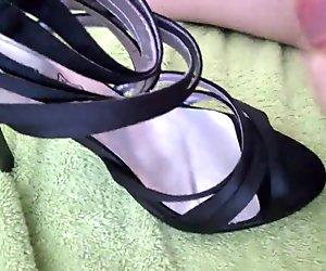 Wanking fucking and cuming on wife high heels
