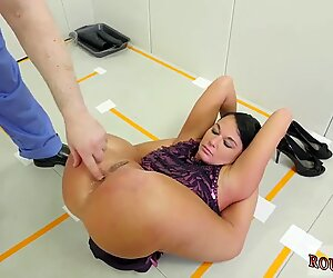 Dick to big for her pussy and bondage 69 first time Talent Ho