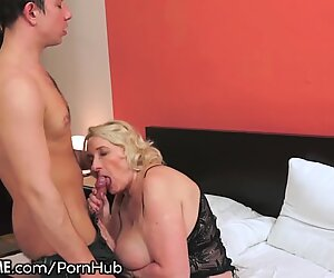 21SeXtreme Granny Likes Em Young