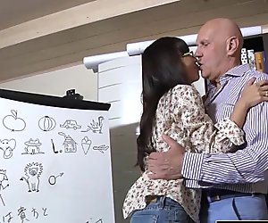 Asian Young Babe Fucked by bald old man she sucks dick pussy