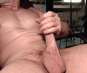 I love cumming on Cam for you