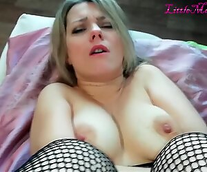 youthfull mummy got a dose of SPERM in her PUSSY