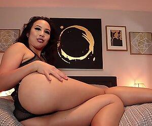 Mistress An Li's full toilet