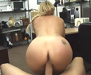 Blonde cutie got her tight pussy bang