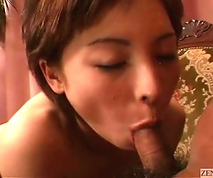 Subtitled uncensored Japanese amateur blowjob