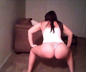 White girls twerking & dancing