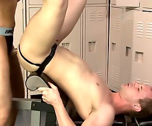 Sexy sporty jocks Cameron Adams, Dylan Roberts fucking well in the gym