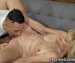Old lady gets rammed and masturbates