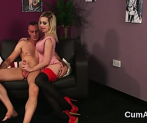 Sexy idol gets cumshot on her face swallowing all the charge