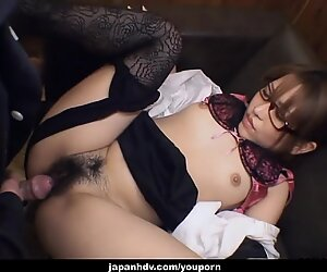 Sweet glasses wearing babe gets to be fucked hard