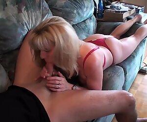 Một pornhubber trẻ trung đã đến vì một khẩu dâm. anh ấy đã được chăm sóc tốt :)